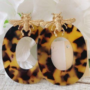 Bumble Bee and Tortoise Shell Hoop Statement Stud